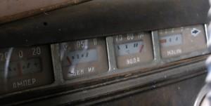 Dashboard старинного автомобиля
